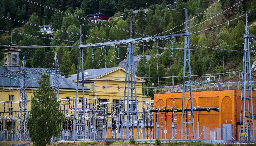HISTORISK HØYE: Faktisk.no sjekker om strømprisene nå faktisk er høyere enn de noen gang har vært. Foto: Lise Åserud/NTB Scanpix.