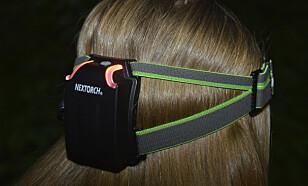 <strong>TIGHT:</strong> Nextorch Mystar har det beste hodebåndet. Med ergonomisk utformet batterikasse sitter den veldig godt på hodet. Foto: Egill J. Danielsen