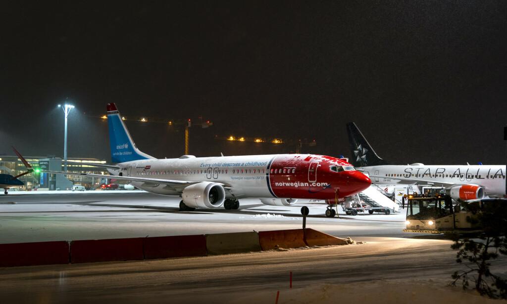 DETTE HAR DU KRAV PÅ: Norwegian har besluttet å sette sine 18 fly av typen flytypen Boeing 737 MAX 8 på bakken. Reiseforsikringen kan hjelpe deg dersom du får problemer med reisen din, og flyselskapet ikke kan hjelpe. Sjekk også dine rettigheter hos Forbrukerrådet. Foto: Cornelius Poppe / NTB scanpix