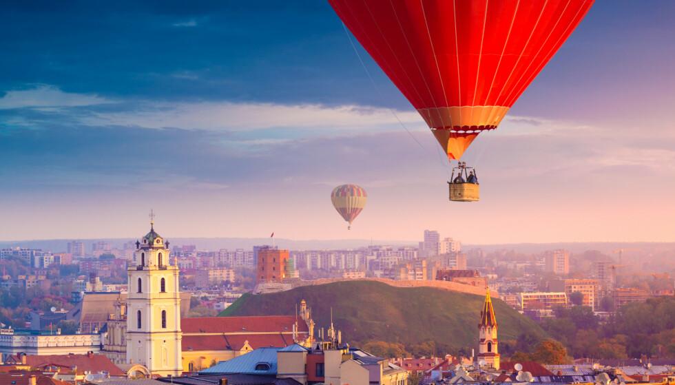 <strong>BILLIGSTE STORBY:</strong> Vilnius i Litauen utpekes som billigste storby for en storbyferie i år, ifølge en fersk prisundersøkelse. Men Beograd, Warszawa, Istanbul og Bucuresti er heller ikke mye dyrere. Foto: Shutterstock/NTB scanpix