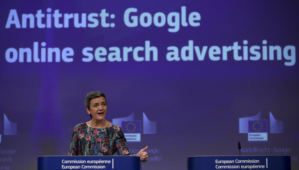 GOOGLE STRAFFES: EUs konkurransekommissær, Margrethe Vestager, annonserte nyheten under en konferanse i dag. Foto: Francisco Seco/AP