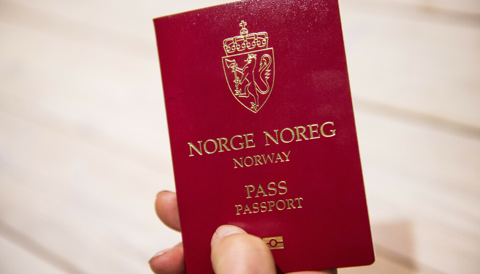ID FOR BARN. Myndighetene krever ikke ID for barn på innenlandsreiser, men det kan flyselskapene lage egne regler for. Foto: NTB SCanpix