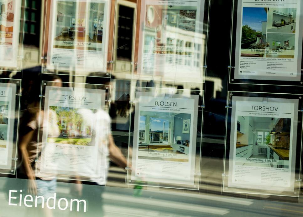 DELT ANSVAR: Med Samsolgt deler du og megler på jobben med å få leiligheten din solgt, slik at prisen du betaler eiendomsmegleren for salget er lavere enn ellers. Foto: Vegard Wivestad Grøtt/NTB Scanpix.