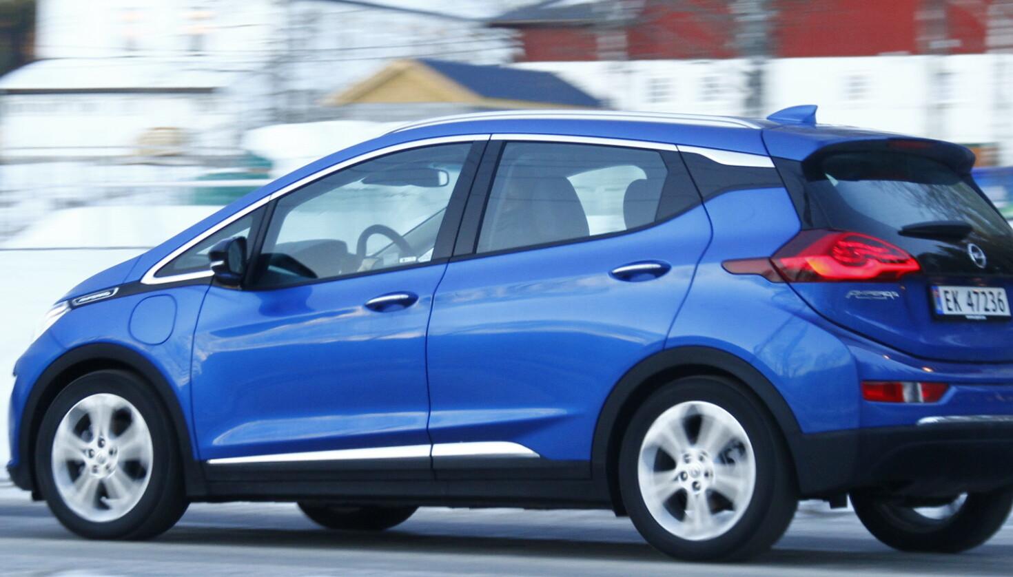 Opel sliter med elbilen «Årets bil» i Norge