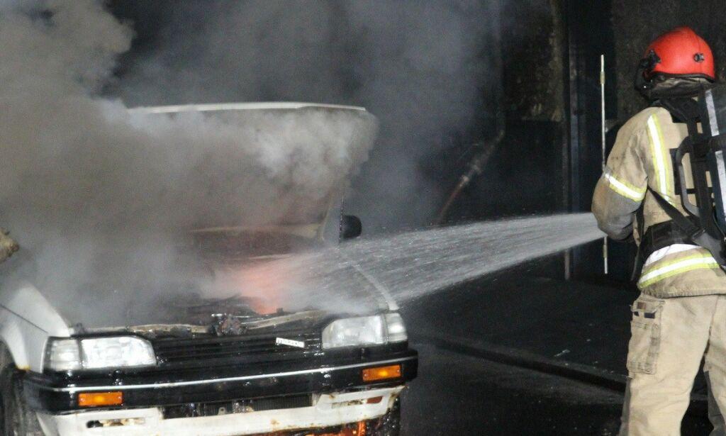 image: Kraftig økning i bilbranner: Her er årsakene
