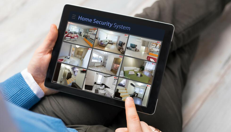 OVERVÅKING: De smarte overvåkingskameraene inntar smarthuset. Foto: Shutterstock