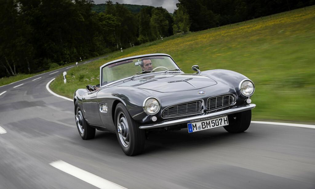 BMW 507: Kun 251 eksemplarer ble laget av BMW 507. Inspirasjonen fra 507 er svært tydelig i Z8-modellen, som ble laget fra 2000-2003. Foto: BMW