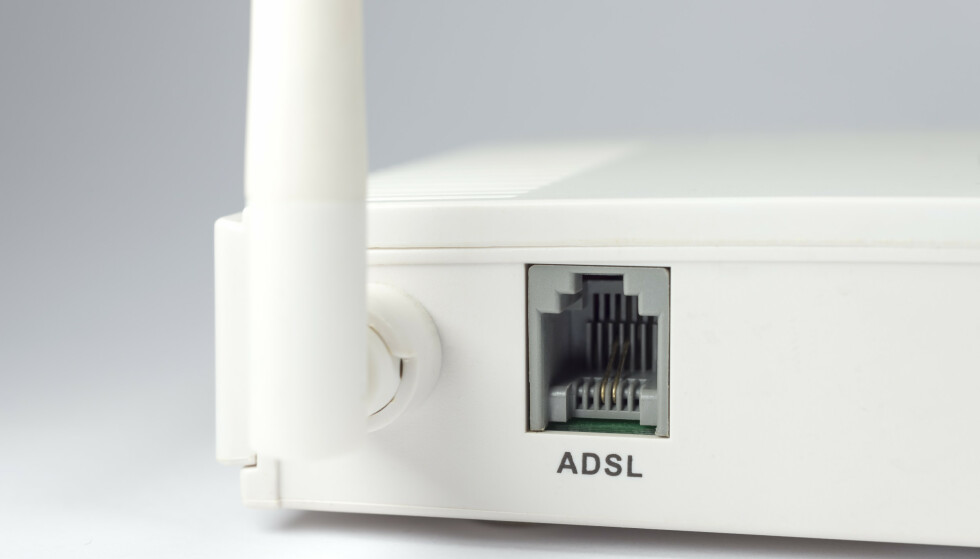 LEGGES NED: Telenor har varslet at kobbernettet (og dermed xDSL) legges ned innen 2022. Foto: Shutterstock / NTB Scanpix