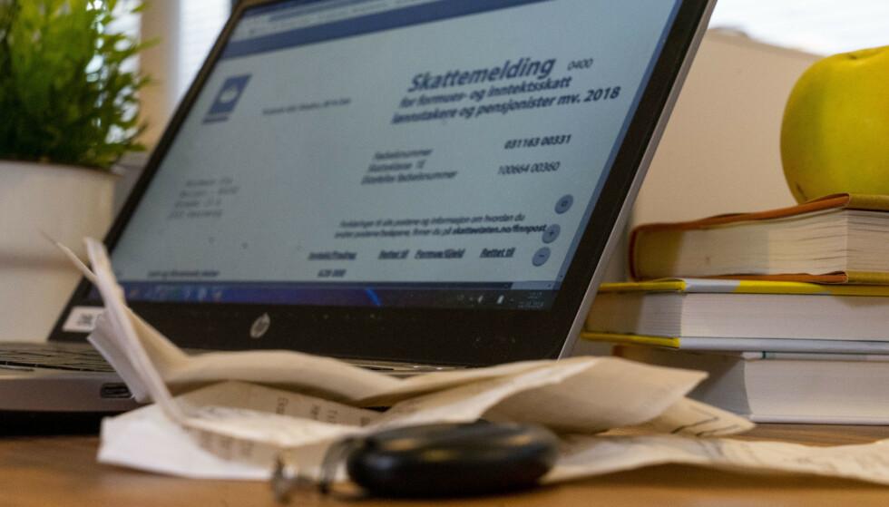 NÅR KOMMER SKATTEMELDINGEN? Torsdag 4. april kan du endelig sjekke om du får igjen på skatten - eller ikke. Foto: Per Ervland