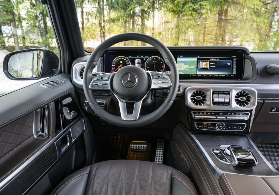 UTSØKT KVALITET: Interiøret er helt nydelig. Mercedes sin MBUX infotainment er på plass. Stemmestyring mangler. Foto: Jamieson Pothecary