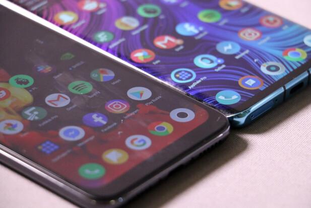 <strong>IKKE DEN BESTE SKJERMEN:</strong> Som du ser er innsynsvinkelen langt bedre på Amoled-skjermen i Huawei P30 Pro. Foto: Pål Joakim Pollen