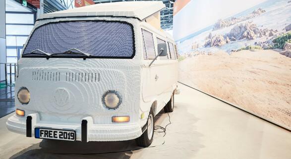 Verdens største VW-buss ... i Lego!