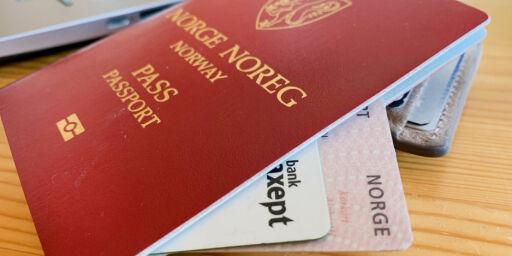 image: Her er det lang ventetid for å bestille nytt pass