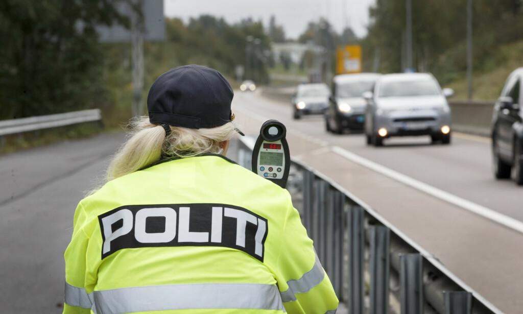 HER STÅR UP I PÅSKEN: Utrykningspolitiet vil prioritere de 107 viktigste hovedveiene i forbindelse av ut- og innfart. Foto: NTB Scanpix