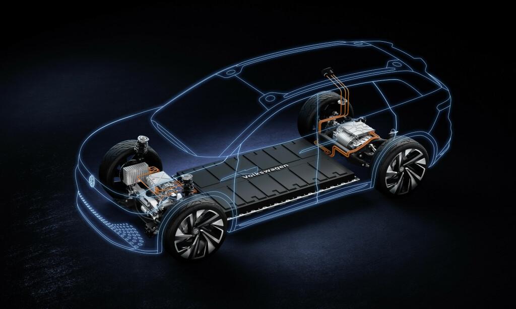 TO MOTORER: Takket være én elmotor foran og én bak, har den nye el-SUV-en firehjulsdrift. Foto: Volkswagen