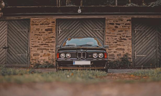 RESPEKT-FORLANGENDE: 6-seriens snute er aggressiv og typisk BMW. Foto: Alexander Wallem
