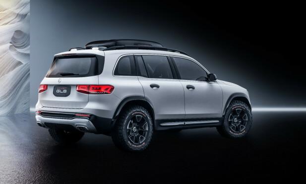 LITT FOR SHOW: Integrert takboks og de røffe terrenghjulene (17-tommere og to-fargede dekk), vil nok forbli spesifikke for konseptbilen. Foto: Daimler AG