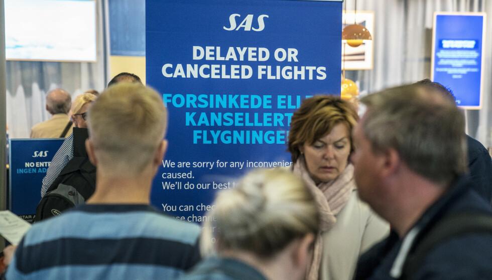 170.000 BERØRTE: Mange SAS-fly blir stående på bakken i dag på grunn av streik blant pilotene. Foto: Ole Berg-Rusten / NTB Scanpix