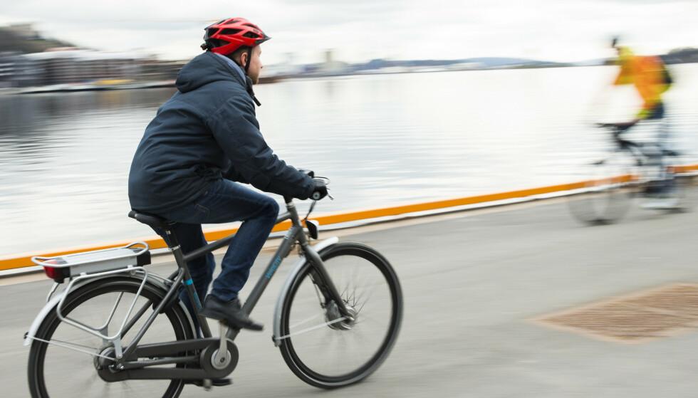 FRISK START: Syklistenes Landsforening vil bidra til at flere velger å sykle til jobb ved å lansere en sertifiseringsordning for arbeidsplassene. Foto: Berit Roald/NTB Scanpix.
