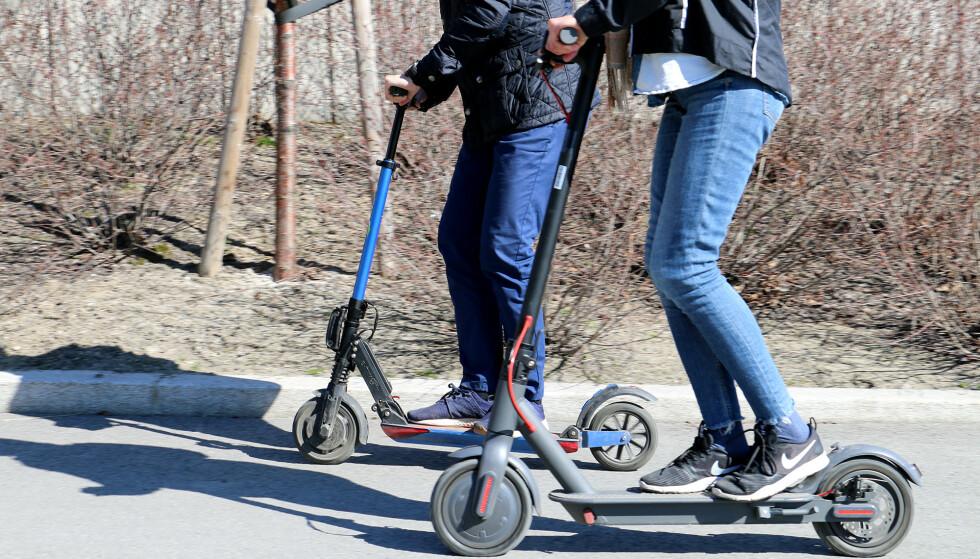 NYTT PROBLEM: I år har også sparkesyklene blitt en utfordring i trafikken. Foto: Kirsti Østvang