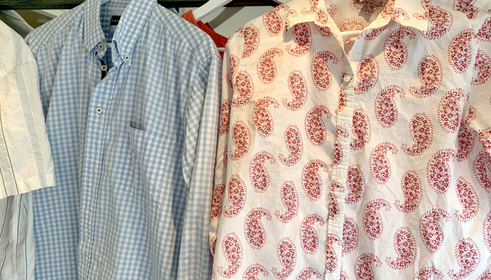 BEST PÅ KLASSISKE SKJORTER: «Isbittrikset» funket best på klassiske bomullsskjorter uten så mye detaljer. Foto: Kristin Sørdal