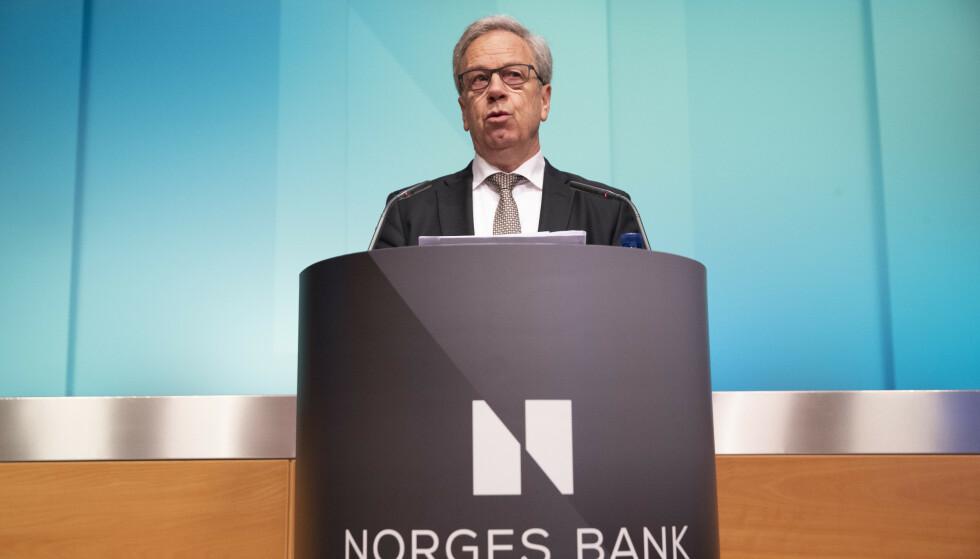 RENTA SKAL OPP: Sentralbanksjef Øystein Olsen i Norges Bank varslet i mars at Norges Bank setter opp styringsrenten. Forrige renteøkning var i september 2018. Renta skal videre opp, ifølge ekspertene, men ikke nå. Da kan du kanskje puste ut foran torsdagens rentebeslutning hos Norges Bank. Foto: NTB scanpix