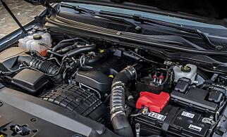 BRA NOK: Ford har valgt en toliter med to turboer under panseret. Den er ikke råsprek, men det holder. De sterkeste konkurrentene, Toyota Hilux og Isuzu D-Max har henholdsvis 2,4 liter på 150 hester og 1,9 liter på 164. Bare VW Amarok, som kjører 3-liter, har 258 hester i kraftigste versjon.