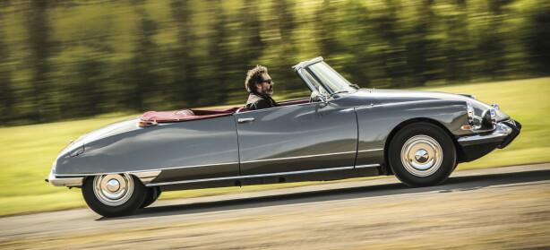 FOR ET SMYKKE! Kabriolet-versjonen Décapotable kostet 40.000 kroner, da den var ny. Nå er prisen  2,5 millioner ... Foto: Tony Baker