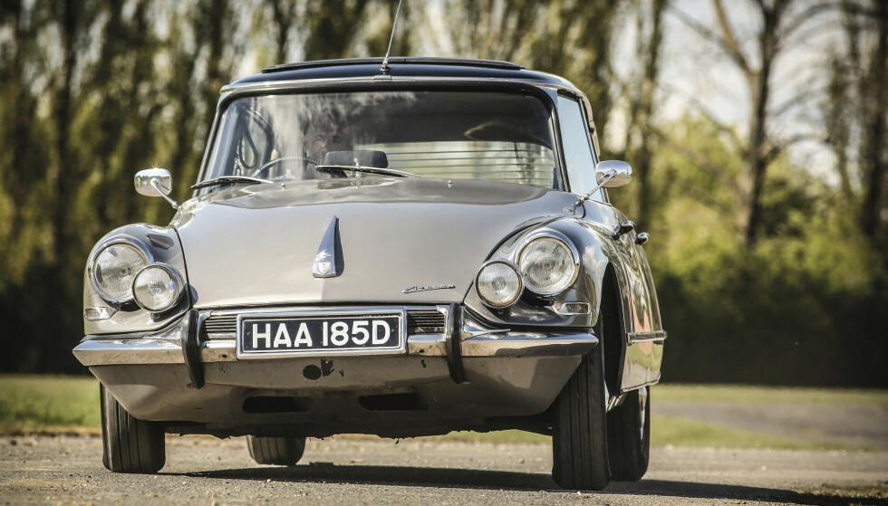 KOMFORT: Da Pallas var den ultimate direktørbil for over 60 år siden. Foto: Tony Baker