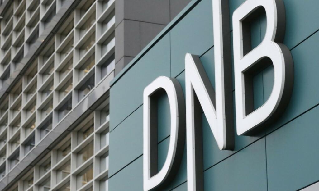DNB MÅ PUNGE UT: Forbrukerrådet vant gruppesøksmålet mot DNB. Nå må banken betale de 180.000 kundene, samt saksomkostninger på omtrent 14,2 millioner kroner. Foto: Foto: Ints Kalnins/Reuters