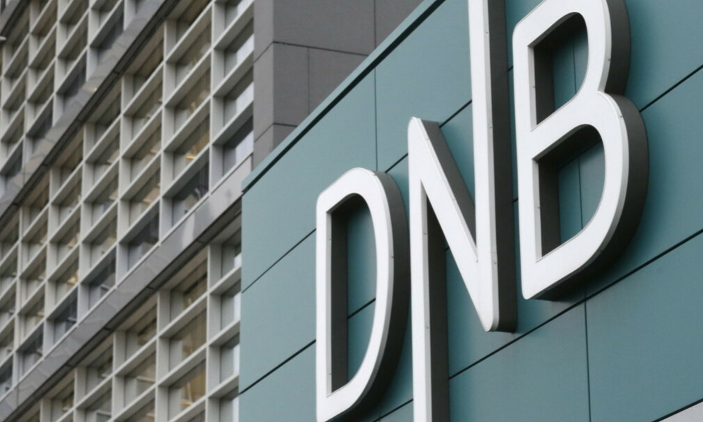 MÅTTE PUNGE UT: Forbrukerrådet vant gruppesøksmålet mot DNB i lagmanssretten i fjor. Banken betalte de 180.000 kundene, samt saksomkostninger på omtrent 14,2 millioner kroner. Foto: Foto: Ints Kalnins/Reuters