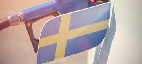 Raser mot svenske bensinpriser