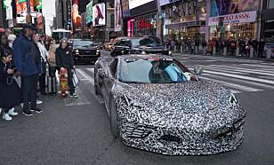 <strong>TØFFESTE NOEN GANG:</strong> Få detaljer er kjent om bilen, men amerikanske medier mener å vite at nye Corvette får opp mot 1.000 hester. Foto: GM