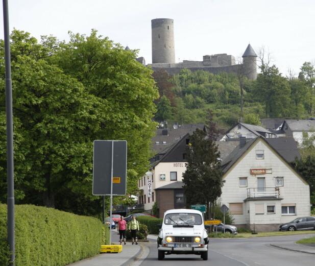 <strong>NÜRBURG:</strong> Banen går rundt lere tettsteder, blant annet NÜRBURG. Foto: Rune M. Nesheim