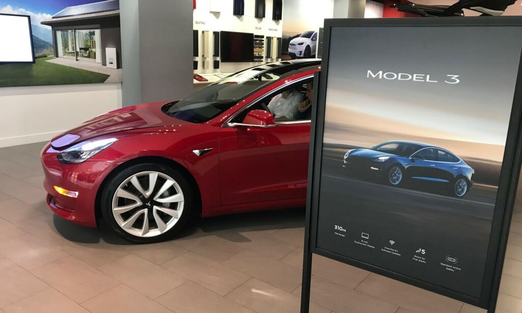 ELBIL-BOOM: Innen 2040 vil flertallet av bilene solgt i verden være elektriske, skal vi tro Bloomberg New Energy Finance' prognoser. Foto: Øystein Fossum
