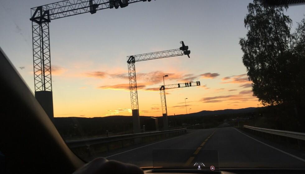 MANGE MILLIARDER: To av de nye prosjektene, Rogfast i Rogaland og E6 i Hedmark, skal alene ta inn 18 milliarder kroner fra bilistene. Foto: Rune Korsvoll