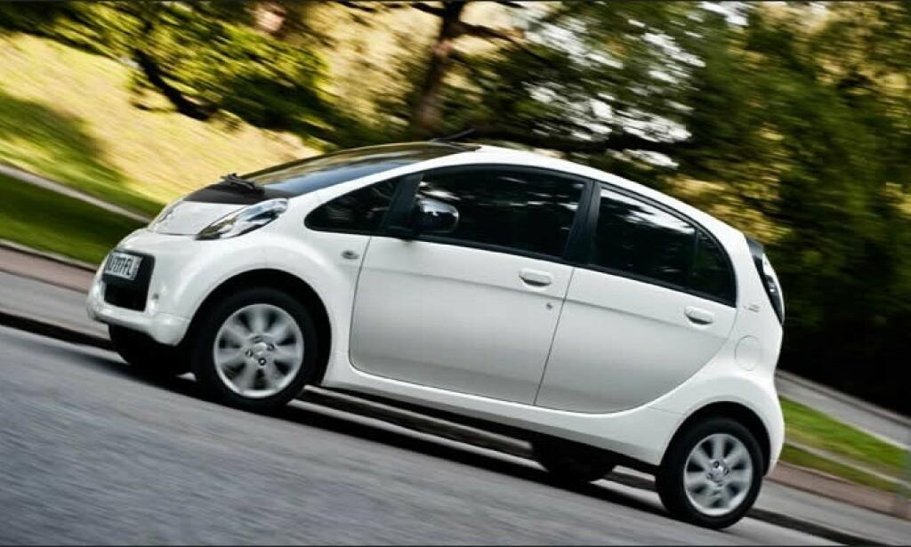 ALLER BILLIGST: Citroën C-Zero har fire seter og koster rundt 150.000 kroner ferdig på veien. Rekkevidden er imidlertid ikke veldig lang. Foto Citroën.