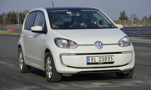 MEGET LIK: Volkswagen har hatt elektriske e-Up på markedet i mange år allerede, men med mye kortere rekkevidde. Foto: Stein Inge Stølen