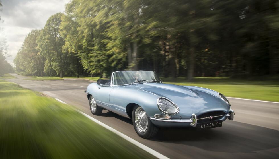 GÅR FORT: Prototypen gjør 160 km/t, mens produksjonsmodellen skal klare 240 km/t. Det gjør den nesten like rask som da den ble introdusert. Men elbilen er både sterkere, raskere og lettere. Foto: Charlie Magee