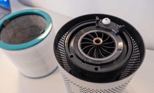HEPA-filteret må byttes. Du varsles når den tid kommer. Foto: Martin Kynningsrud Størbu