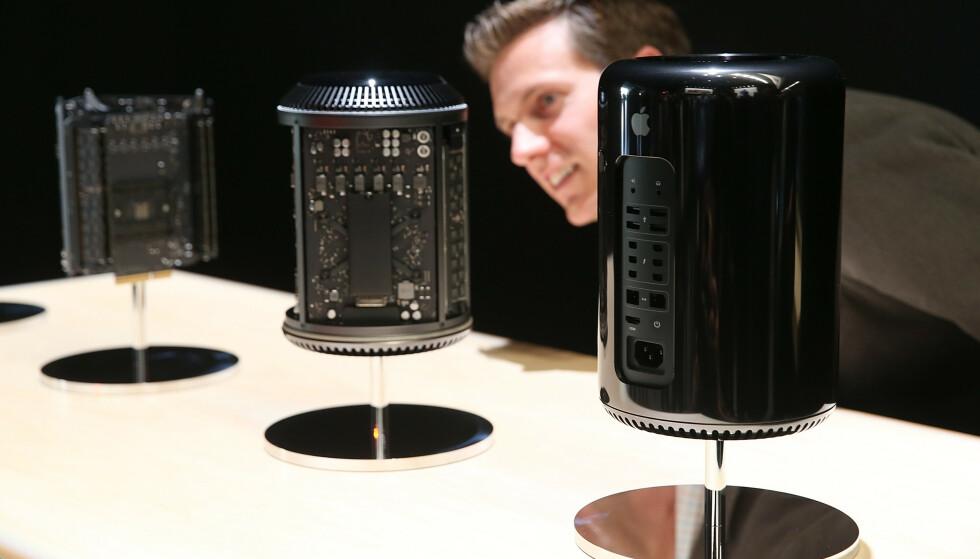 BLIR HELT NY: Apples proff-stasjonære Mac Pro har vært godt kjent for sitt spesielle design. I kveld kan vi få se en helt ny Mac Pro. Foto: Justin Sullivan/Getty Images/AFP/NTB Scanpix