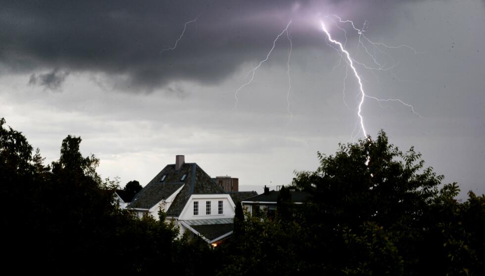 TORDEN: I ettermiddag er det meldt kraftige tordenbyger. Foto: Håkon Mosvold Larsen