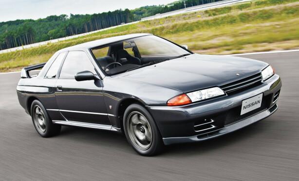 LEGENDEN: GT-R slik mange av oss kjenner dem. Firehjulsdrift, turbomotor. Den relativt store bilen gjorde stor suksess på bane. Foto: Nissan