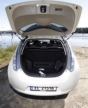 335 LITER: Etter oppgraderingen sommeren 2013 fikk Leaf bedre bagasjeplass. Foto: Espen Stensrud