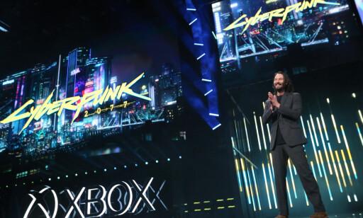 Keanu Reeves inntok scenen for å snakke om «Cyberpunk 2077». Foto: Microsoft