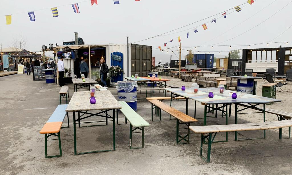 2500 SITTEPLASSER: Det bør altså være mulig å finne seg et bord. Foto: Berit B. Njarga