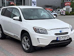 image: Toyota varsler ti elbiler