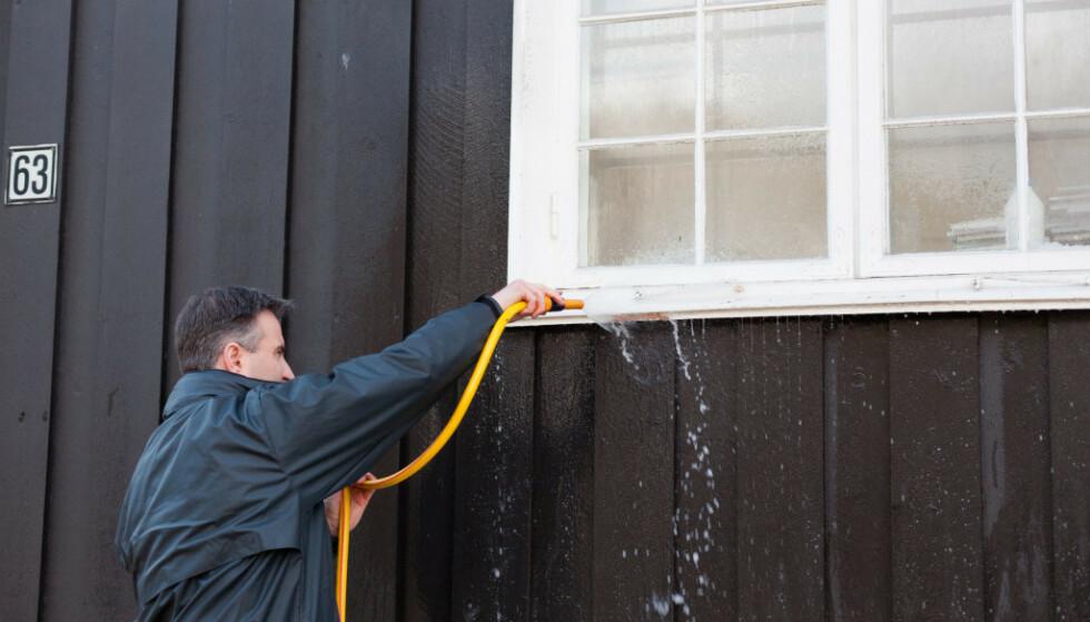 ENKELT OG GREIT: Påfør såpe, skyll av. Foto: Kristian Owren / Ifi.no