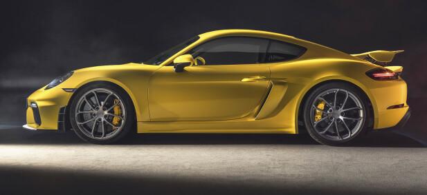 LAVERE: Et helt eget understell gjør bilen 30 mm lavere. Foto: Porsche