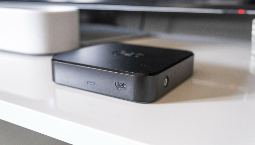 Her er Get BoX. Den er mye mindre enn de andre TV-boksene til Get, men er attpåtil mye smartere. Foto: Martin Kynningsrud Størbu